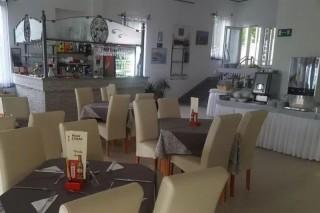 Restauracja & Bar z tarasem